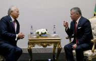 جلالة الملك يلتقي رئيسي وزراء ماليزيا والباكستان على هامش أعمال قمة اسطنبول